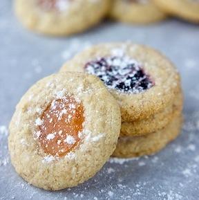 Cookies de huellas dactilares de almendras veganas y sin gluten