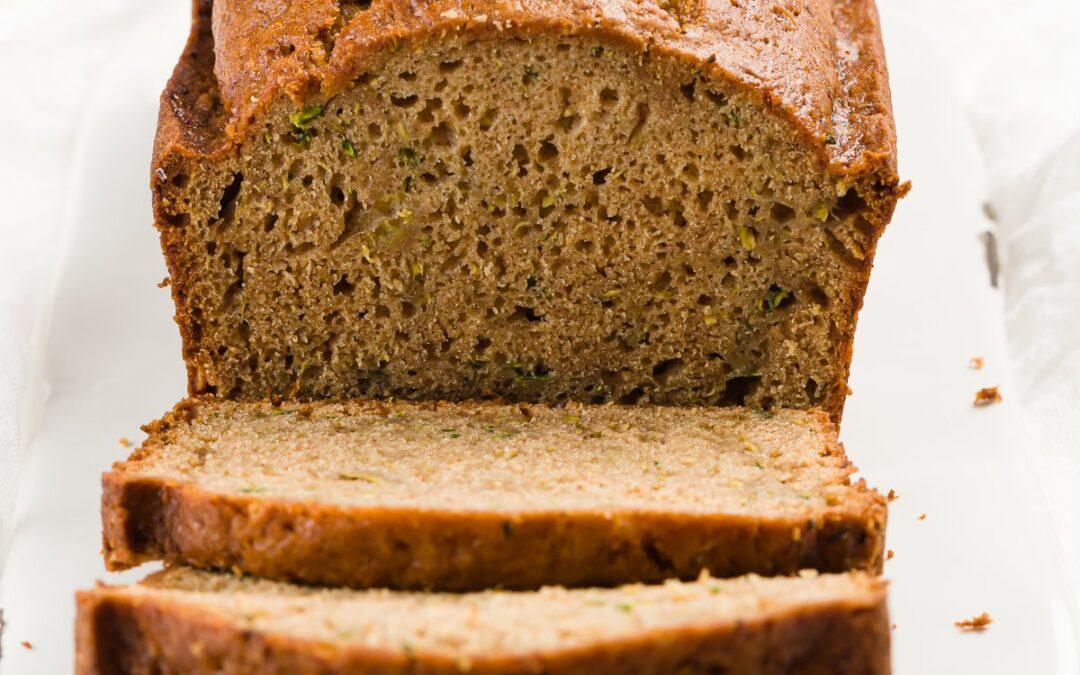 Pan fácil de calabacín con puré de manzana