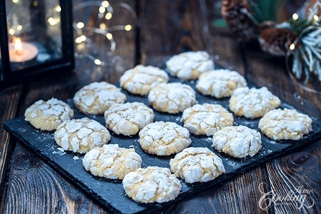 Galletas arrugadas de coco y chocolate blanco :: Home Cooking Adventure