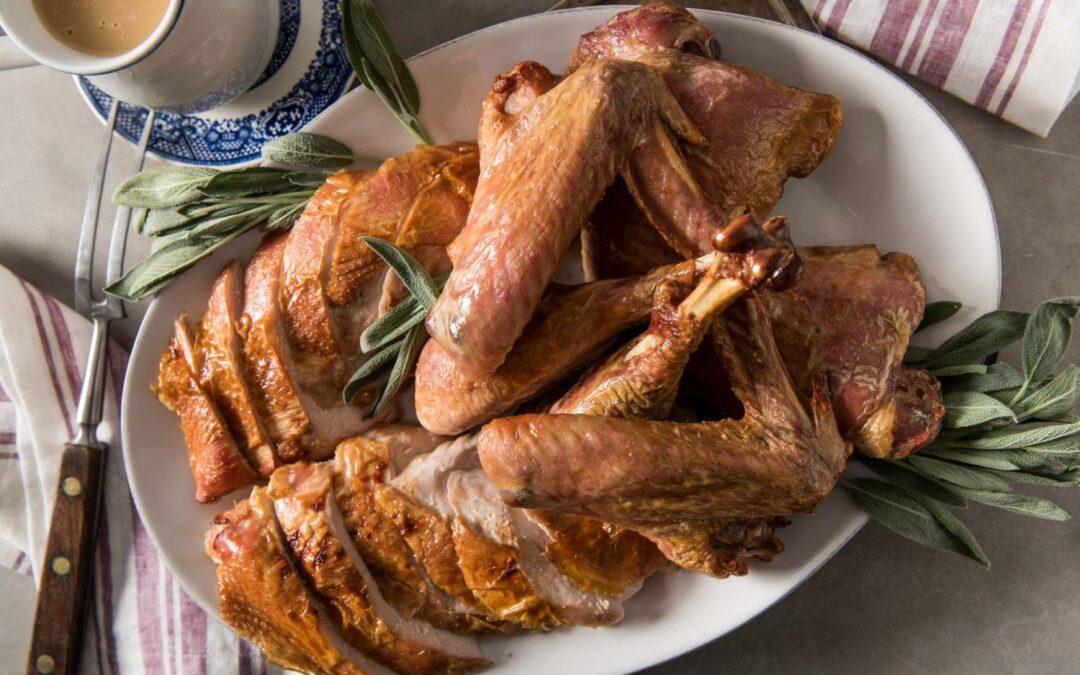Cómo poner un pavo en salmuera para el Día de Acción de Gracias