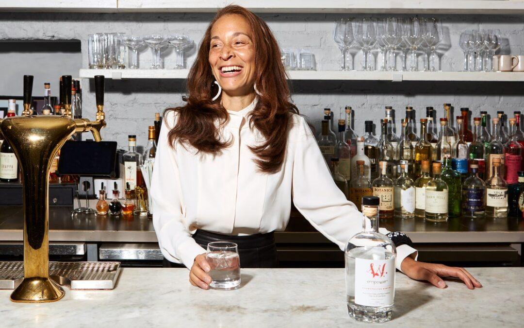 Cómo Tiffany Hall convirtió los cócteles Empower en un negocio menos que arriesgado