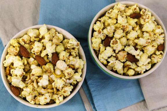 Curry palomitas de maíz y nueces | VegKitchen