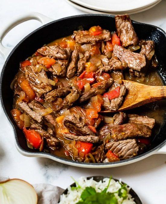 Carne en Bistec – Bistec Colombiano con Cebolla y Tomate