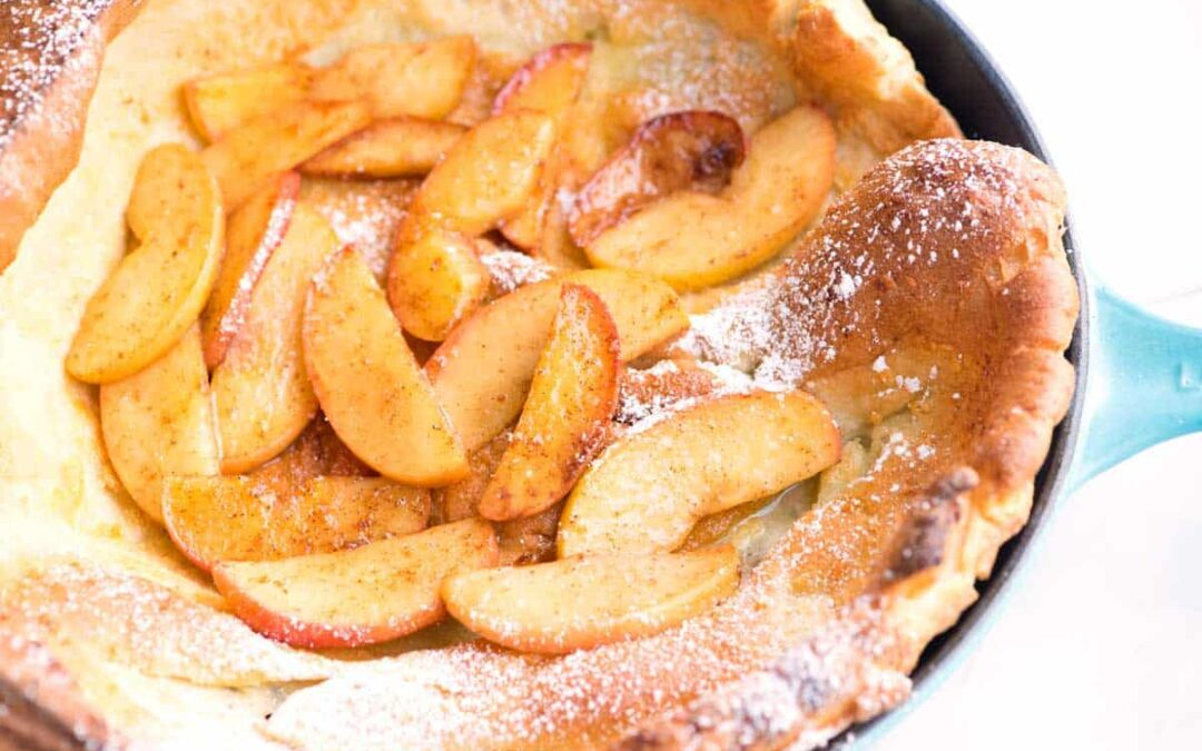 Panqueque holandés de manzana con especias