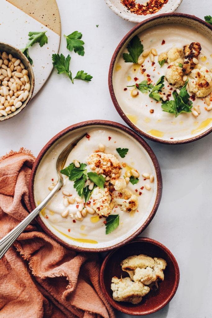 Sopa cremosa de coliflor asada |  Recetas de panadero minimalistas